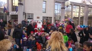 10-Pere Noel à la Mairie-RA